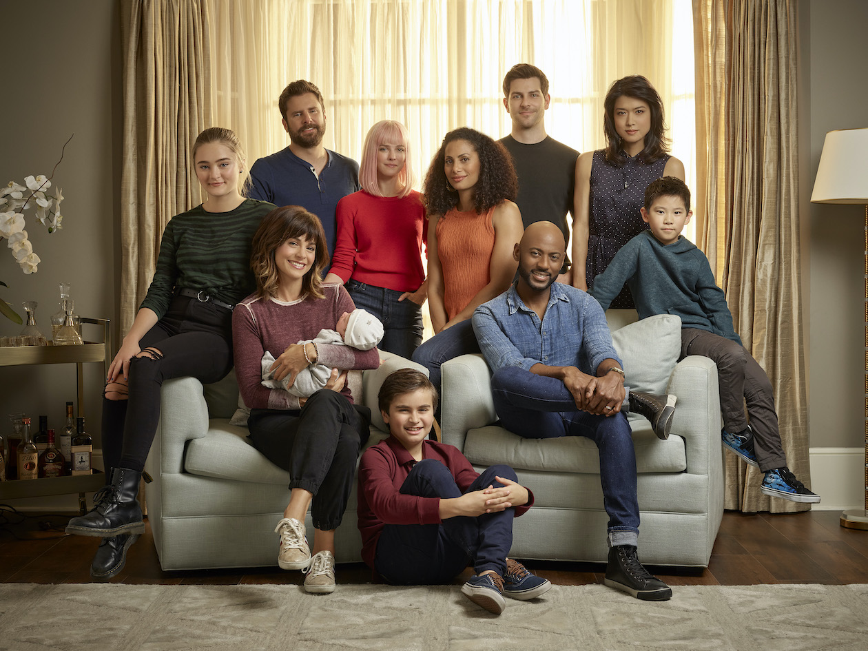 `A Million Little Things` is a master class in managing a large cast. The series stars Lizzy Greene, Stephanie Szostak, James Roday, Allison Miller, Chance Hurstfield, Christina Moses, Romany Malco, David Giuntoli, Grace Park and Tristan Byon. (ABC photo by Robert Trachtenberg)