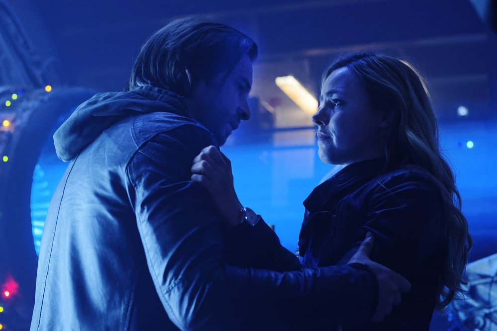 `12 Monkeys`: Aaron Stanford as James Cole and Amanda Schull as Cassandra Railly. (Syfy photo by Ben Mark Holzberg)
