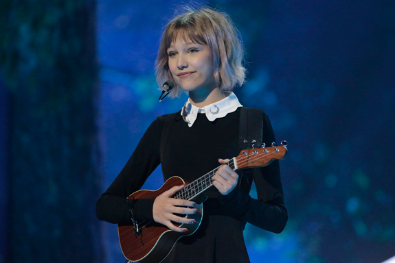 Grace VanderWaal recently returned to the `America's Got Talent` stage. (NBC photo by Justin Lubin)