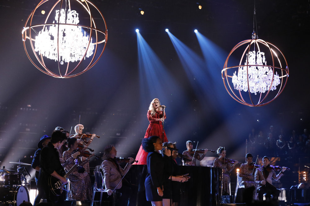 Kelly Clarkson performs on `The Voice.` (NBC photo by Trae Patton)