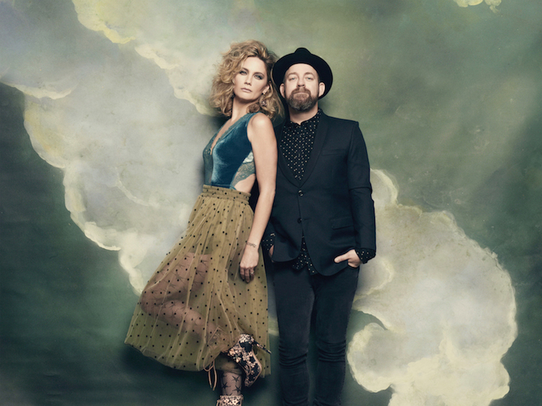 Sugarland (Photo by Shervin Lainez)