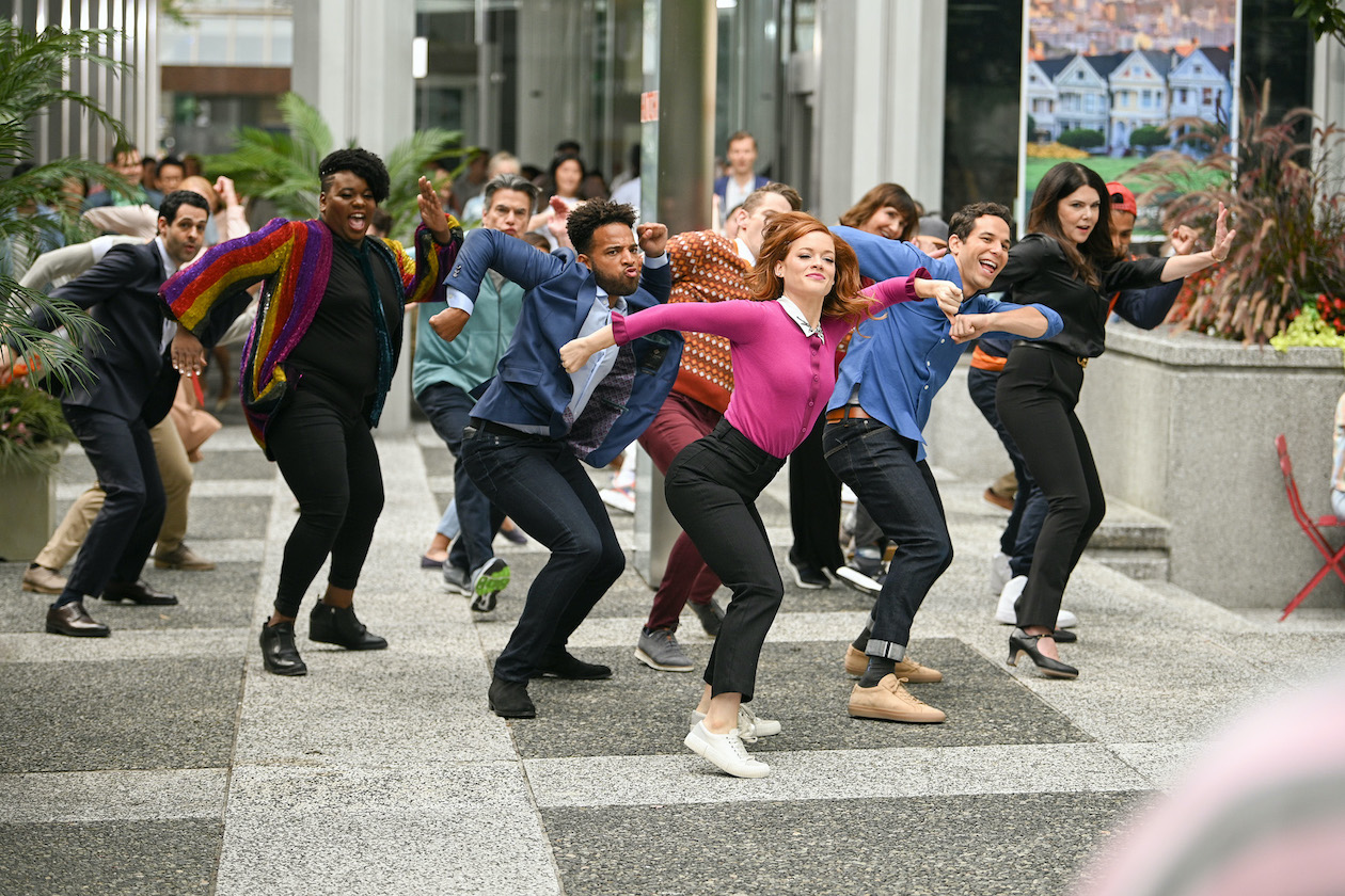 `Zoey's Extraordinary Playlist` - `Zoey's Extraordinary Best Friend.` Pictured are Andrew Leeds as David, Alex Newell as Mo, Peter Gallagher as Mitch, John Clarence Stewart as Simon, Jane Levy as Zoey, Mary Steenburgen as Maggie, Skylar Astin as Max and Lauren Graham as Joan. (NBC photo by Sergei Bachlakov)