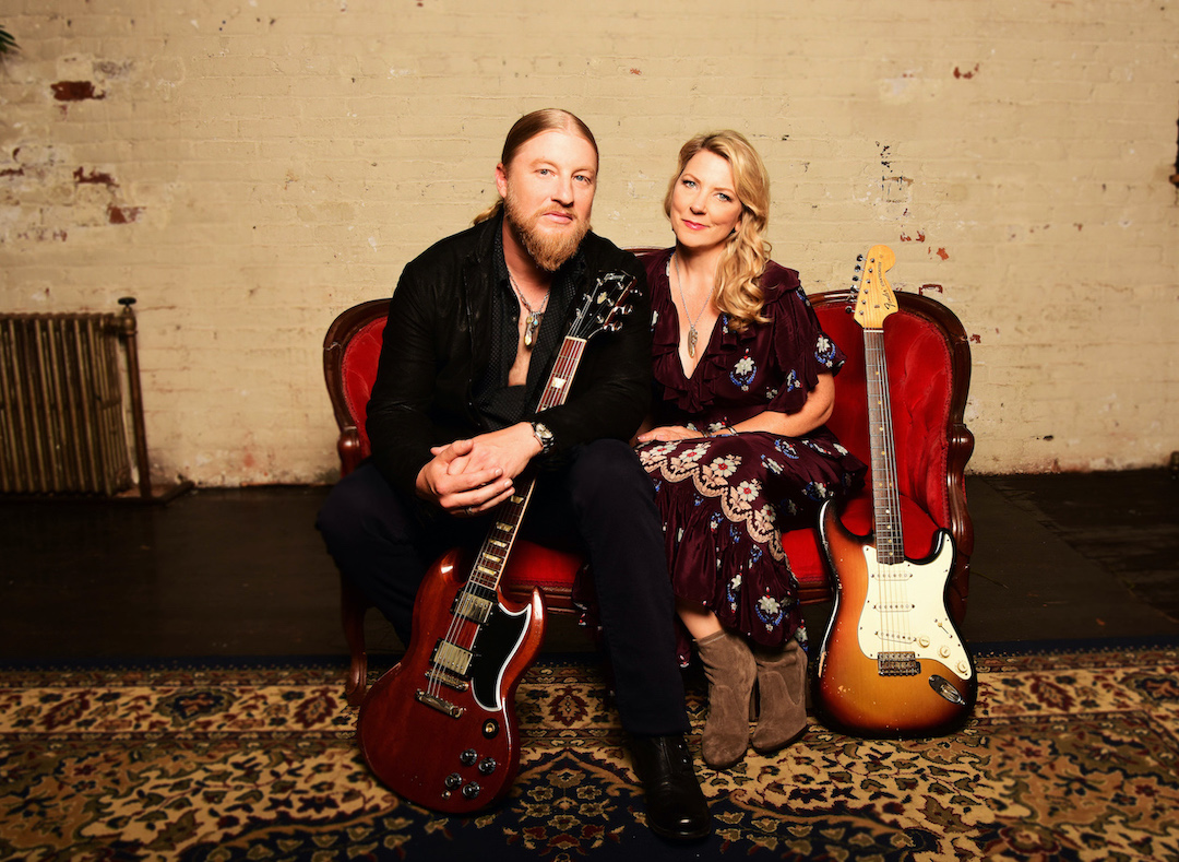 Derek Trucks and Susan Tedeschi. (Photo by Shervin Lainez/provided by Artpark & Company)