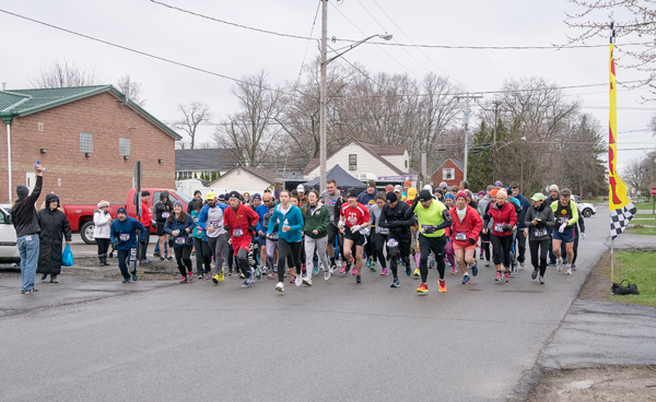 The start of the race. (Photos by Wayne Peters)