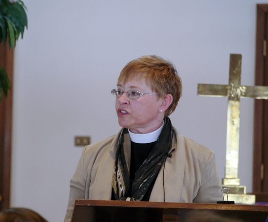 Rev. Kris Bjerke-Ullman, pastor of St. Timothy Lutheran Church, speaks during Wednesday's Lenten Luncheon. (Photo by Alice E. Gerard)