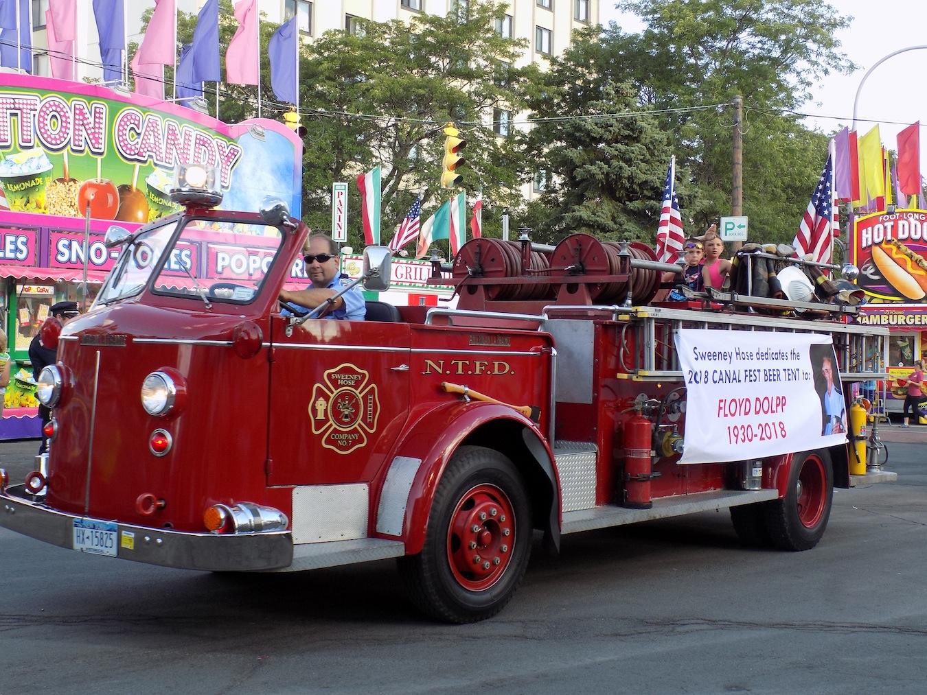 A classic North Tonawanda Fire Department truck during last year's Canal Fest parade. (Photo by Nick Donoughe)