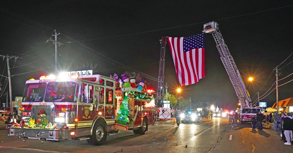 Scene from the 2017 Electric Lights Parade. (Photo by Kevin and Dawn Cobello, K&D Action Photo & Aerial Imaging)
