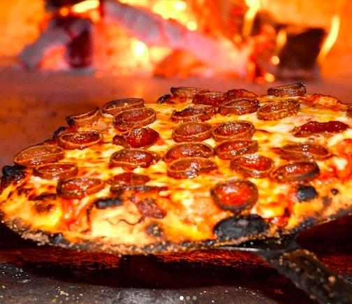 Pizza Amoré (Photos courtesy of M&T)