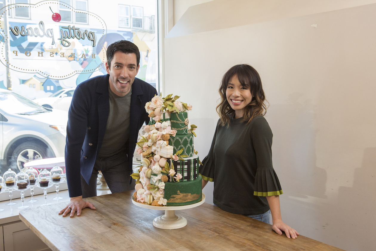 Drew Scott and Linda Phan on Food Network's `Wedding Cake Countdown with Drew and Linda.`