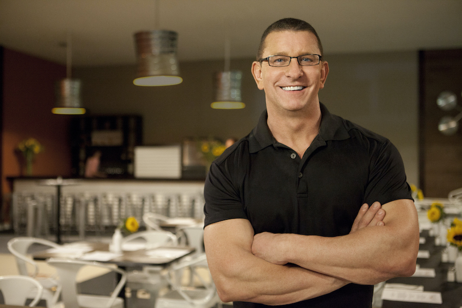 Robert Irvine on Food Network's `Restaurant Impossible.` (Image courtesy of Food Network)