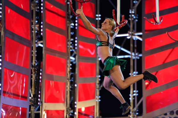 `American Ninja Warrior` Jessie Graff competes in the Las Vegas finals. (NBC photo by David Becker)