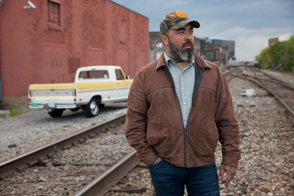 Aaron Lewis (Photo by Jim Wright)