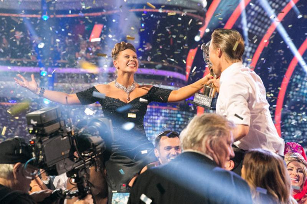 Bindi Irwin celebrates her `Dancing with the Stars` victory. (ABC photo by Adam Taylor; click to enlarge)