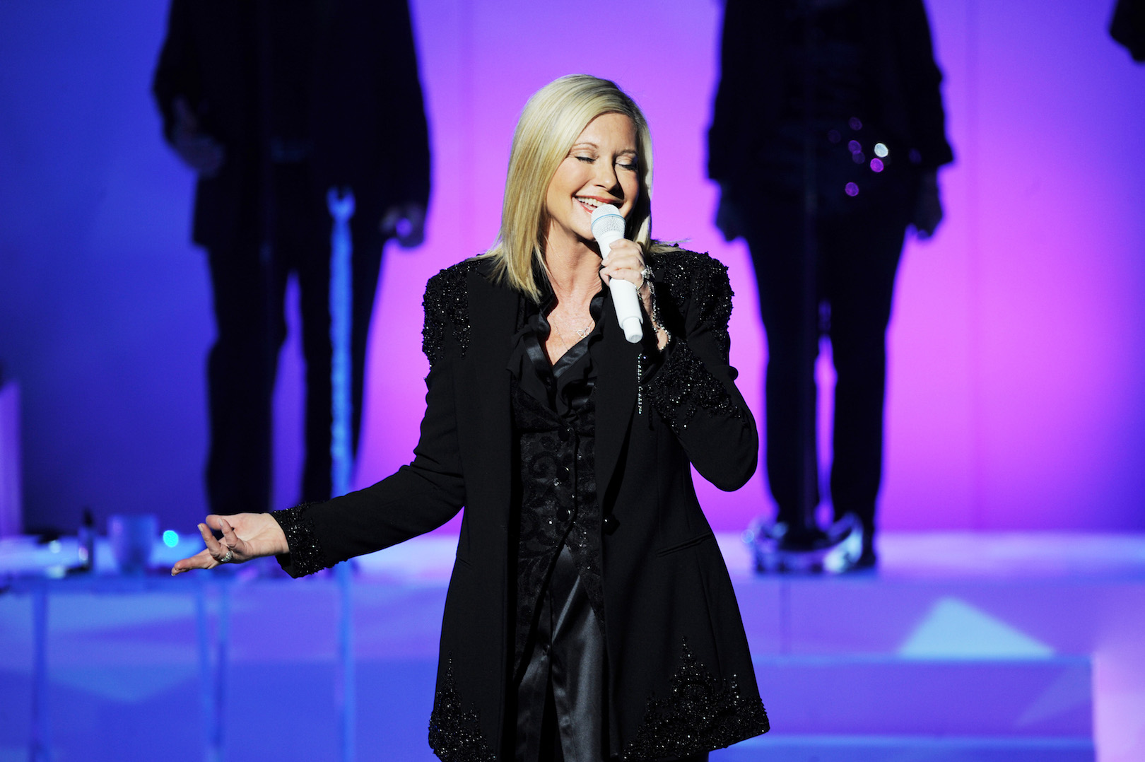Olivia Newton-John on stage at the Flamingo Las Vegas. (Photo by Denise Truscello)