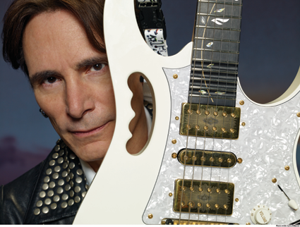 Steve Vai (Photo by Larry DiMarzio)