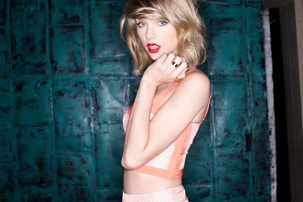 Taylor Swift (ABC photo by Sarah Barlow + Stephen Schofield)