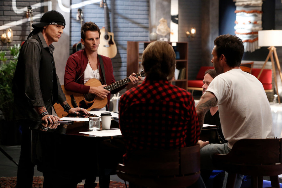 `The Voice` `Battle Rounds`: Pictured, from left, are Many Cabo and Keith Semple. (NBC photo by Tyler Golden)