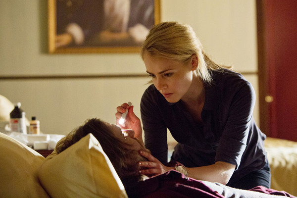 `12 Monkeys`: Amanda Schull as Cassie. (Syfy photo by Alicia Gbur)