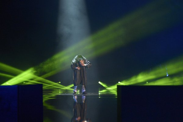 `America's Got Talent`: Kenichi Ebina performs on stage. (NBC photo by Virginia Sherwood)