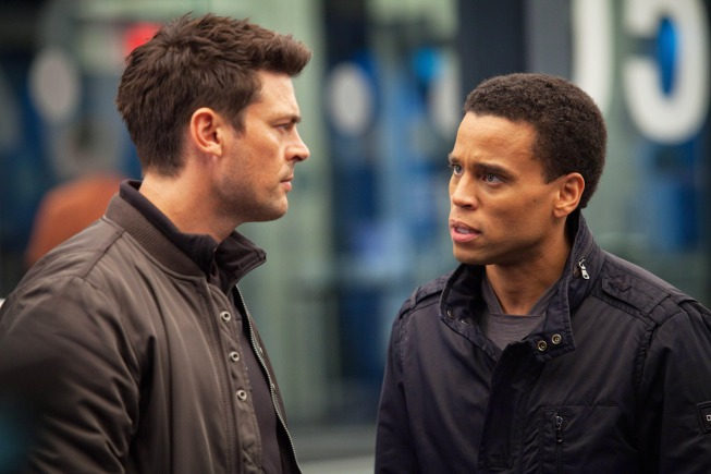 `Almost Human`: Karl Urban (left) is Det. John Kennex and Michael Ealy is Dorian in `Almost Human.` (FOX photo by Liane Hentscher)