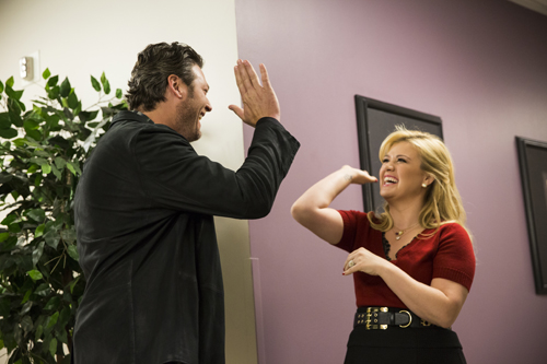 Blake Shelton and the star of `Kelly Clarkson's Cautionary Christmas Music Tale.` (NBC photo)