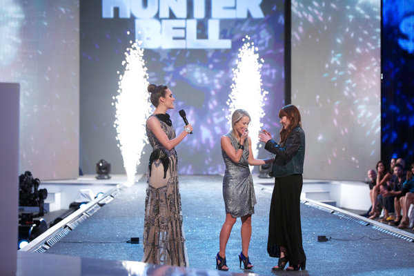 Hunter Bell is crowned NBC's `Fashion Star.` (NBC photo by Tyler Golden)