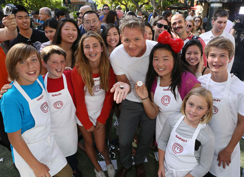 `MasterChef Junior`: Award-winning chef and `MasterChef Junior` host, judge and executive producer Gordon Ramsay and the pint-size contestants unveiled the world's tiniest cupcake at the Grove Park in Los Angeles in celebration of the series premiere on FOX. (FOX photo by Patrick Wymore)