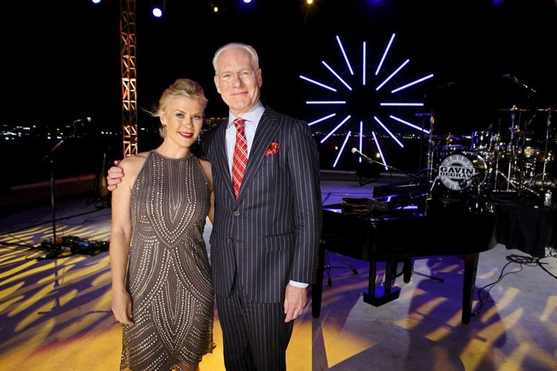 Special guest Tim Gunn poses with `The Biggest Loser` host Alison Sweeney. (NBC photo)