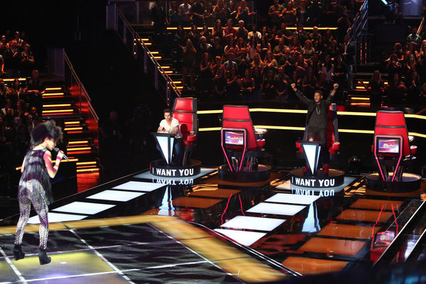`The Voice` `Blind Auditions`: Pictured from left: Judith Hill, Adam Levine and Usher. (NBC photo by Adam Taylor)
