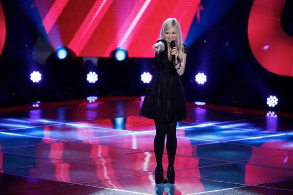 Holly Henry performs on `The Voice.` (NBC photo by Tyler Golden)