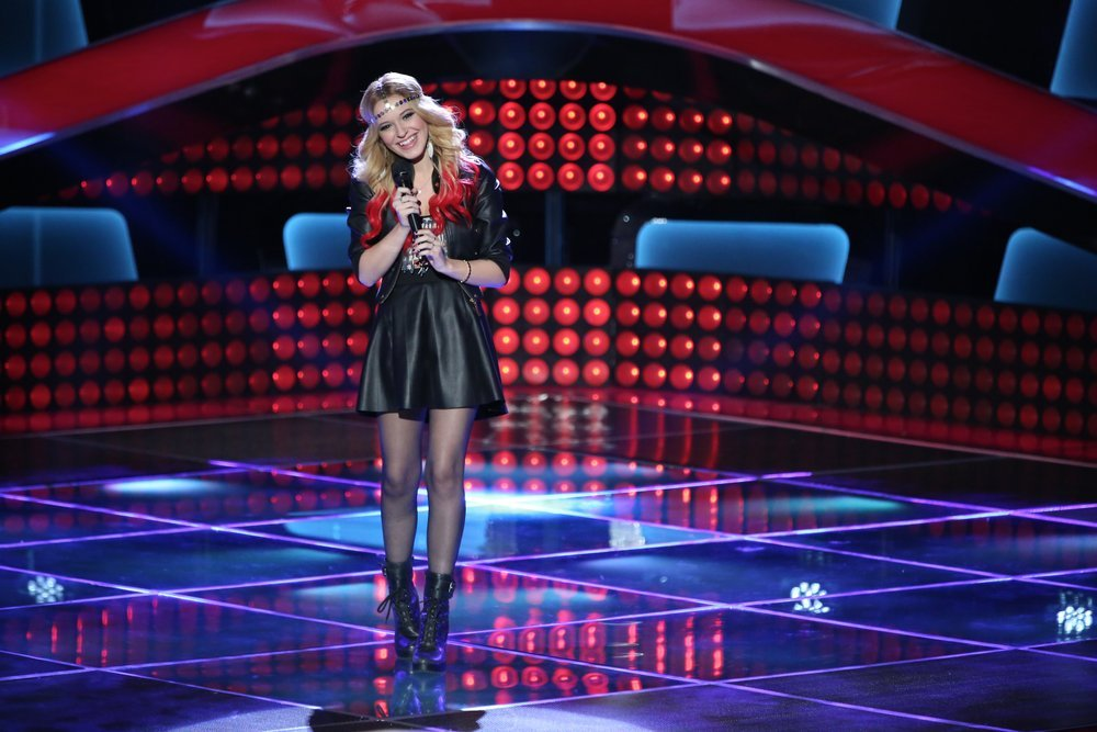 "Ria Eaton performs on NBC's ""The Voice."" (NBC photo by Tyler Golden)"