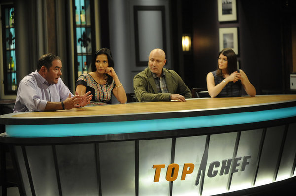 `Top Chef` `Giving It The College Try` episode: Pictured, from left: judges Emeril Lagasse, Padma Lakshmi, Tom Colicchio and Gail Simmons. (Bravo photo by David Moir/Bravo)
