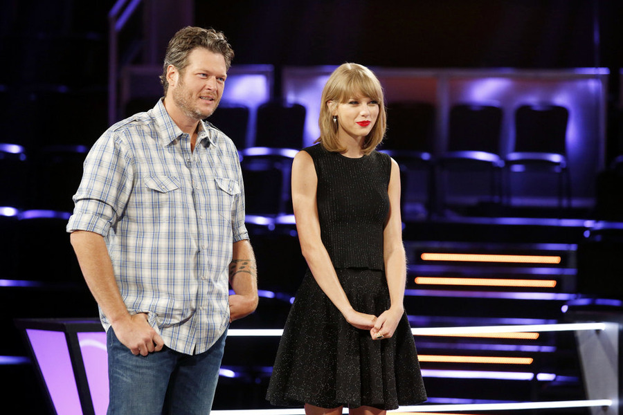 `The Voice`: Blake Shelton works with Taylor Swift. (NBC photo by Trae Patton)