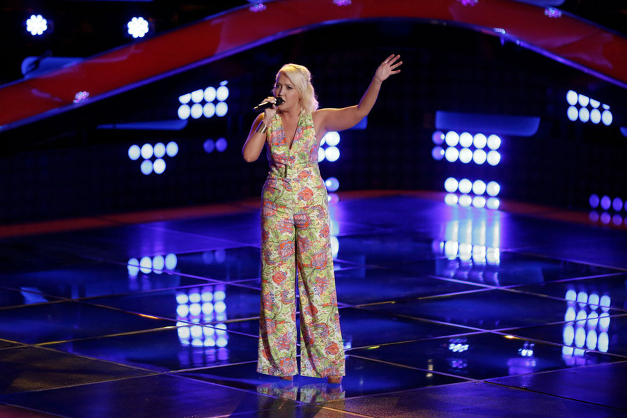 `The Voice`: Meghan Linsey sings for the audience. (NBC photo by Tyler Golden)
