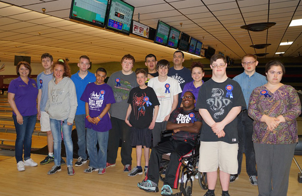 Lions, bowlers and friends, oh my! Click the picture for a larger view.