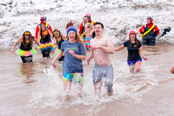 Swimmers braving the elements at last year's frigid Swim for Sight. (Photo by Wayne Peters)