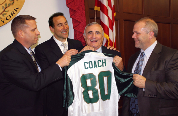Bill Ross, `the chairman,` `the coach,` received a jersey from his Legislature colleagues when he turned 80 in 2013. (File photo)