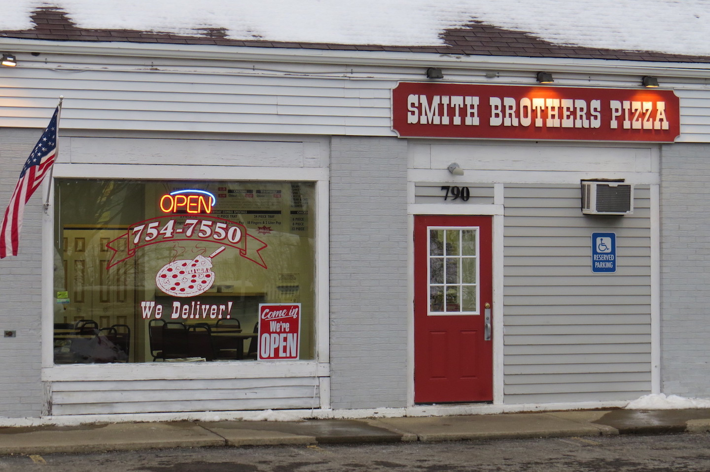 Smith Brothers Pizza