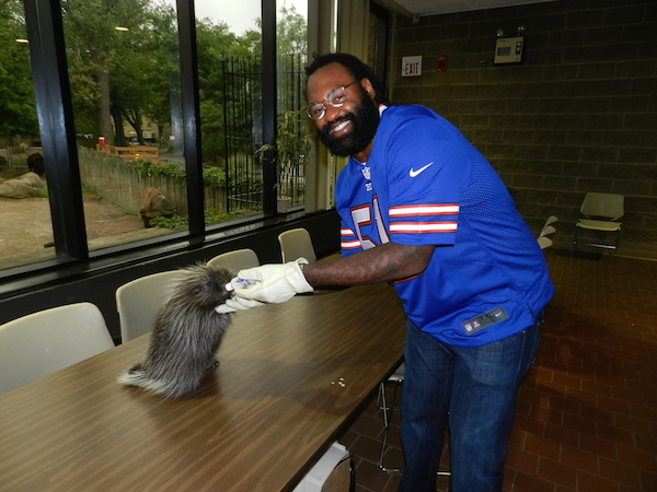 Buffalo Bills captain Brandon Spikes at the Buffalo Zoo.