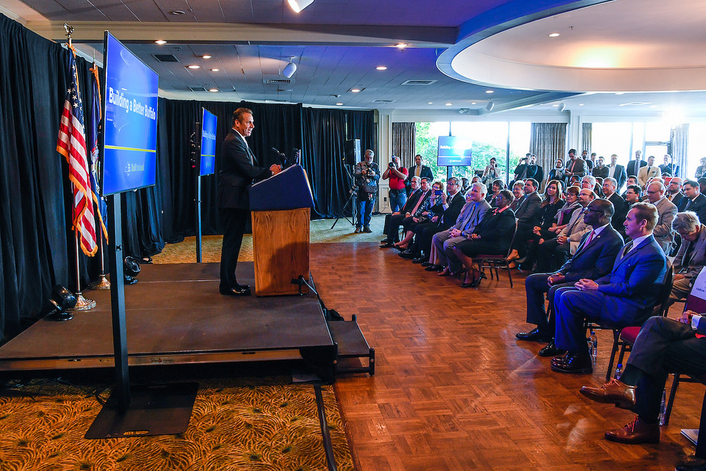 Gov. Andrew Cuomo highlighted successes at the Outer Harbor, the transformation of Buffalo Harbor State Park, and the rehabilitated breakwall that opens up access to Lake Erie waterfront. (Governor's press site photo)