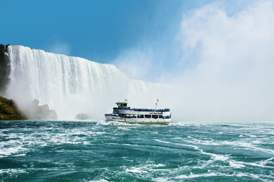 The Maid of the Mist in Niagara Falls, USA.