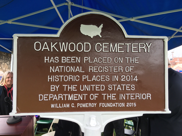 The National Register of Historic Places designation sign at Oakwood Cemetery.