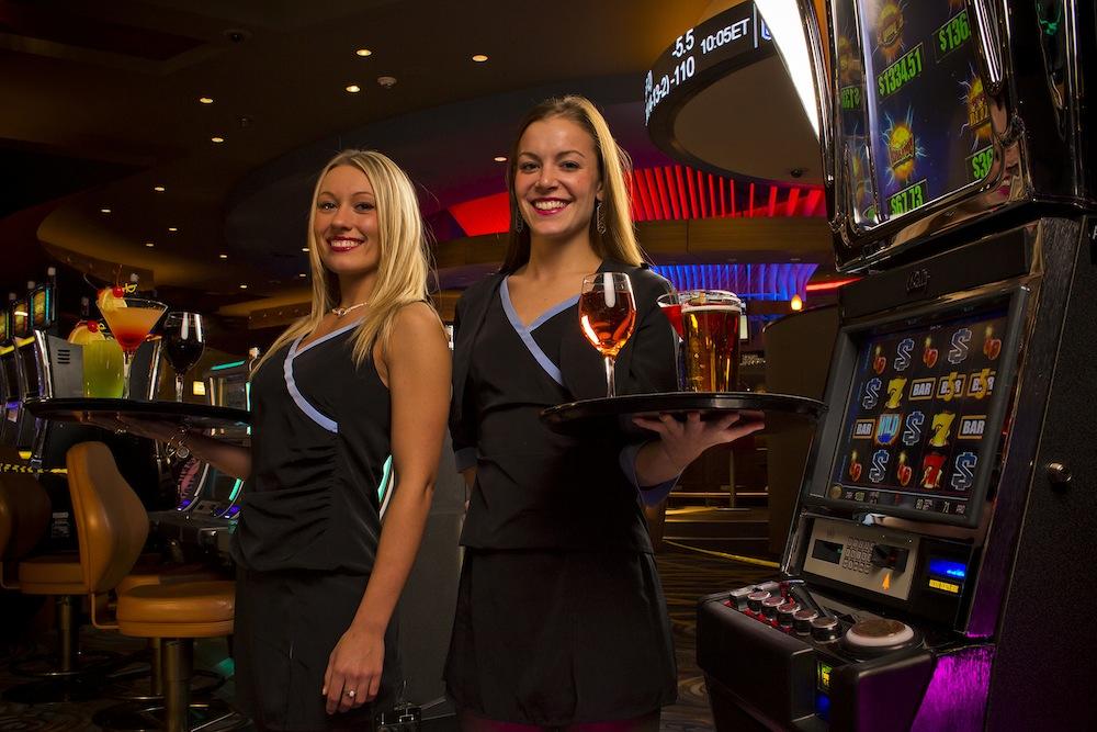 Casino niagara employee bond casino film james oo7 royale