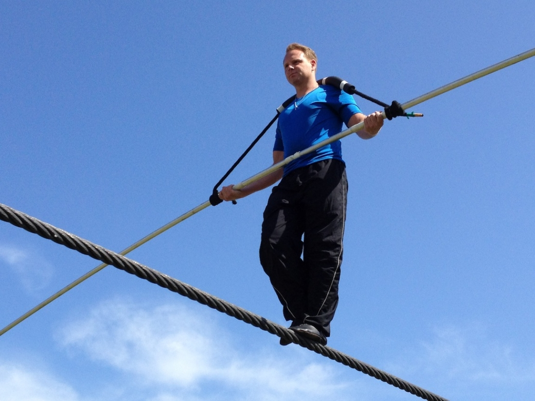 Nik Wallenda walks in Niagara Falls.