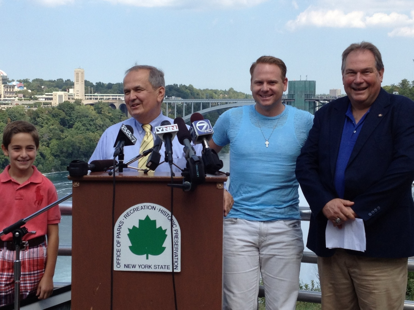 Nik Wallenda was joined by State Sen. George Maziarz (left) and Assemblyman John Ceretto in his return to Niagara Falls. (photo by Joshua Maloni)