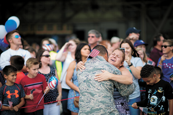 Airmen reunited with family members Sunday after returning from deployment. (Photos by Tech. Sgt. Stephanie Sawyer, 914 Airlift Wing Public Affairs.)