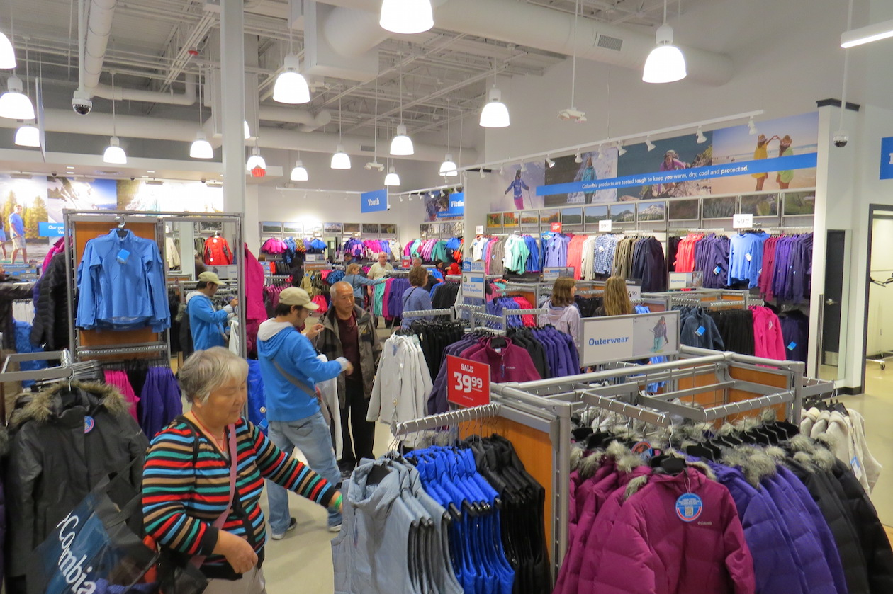 Shoppers flocked to Columbia Sportswear inside the Fashion Outlets Friday to celebrate the store's grand opening.