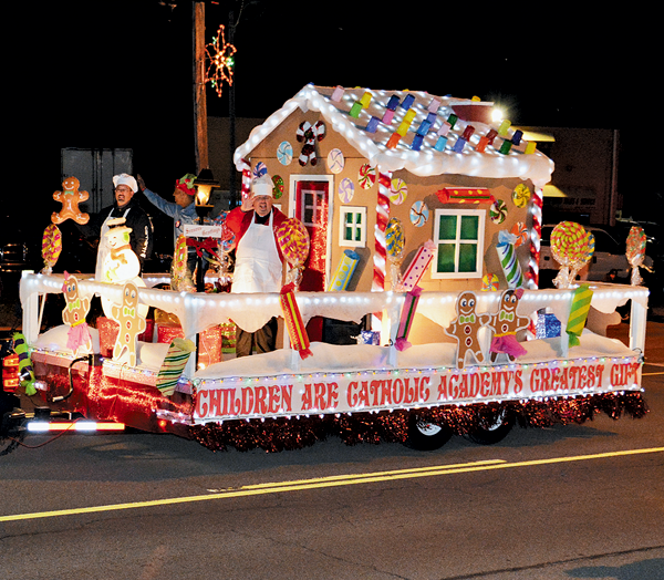 A float participating in the Niagara Electric Lights Parade. (Photo by Marc Carpenter)
