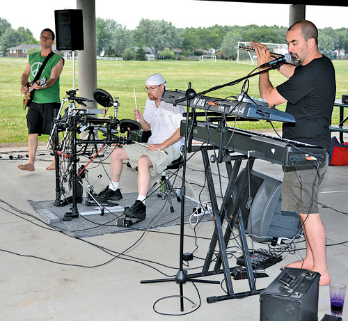 The Mombrea Brothers Band performed this week at Town of Niagara's Veterans Park as part of the Music Mania Mondays series. (photo by Marc Carpenter)
