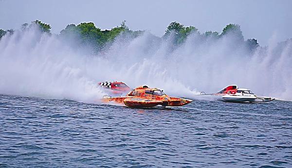 Grand-prix hydroplane boats take part in a recent race in Valleyfield, Canada. The boats will be in Western New York on Aug. 15 and 16 for the Thunder on the Niagara hydroplane races. (Contributed photo)